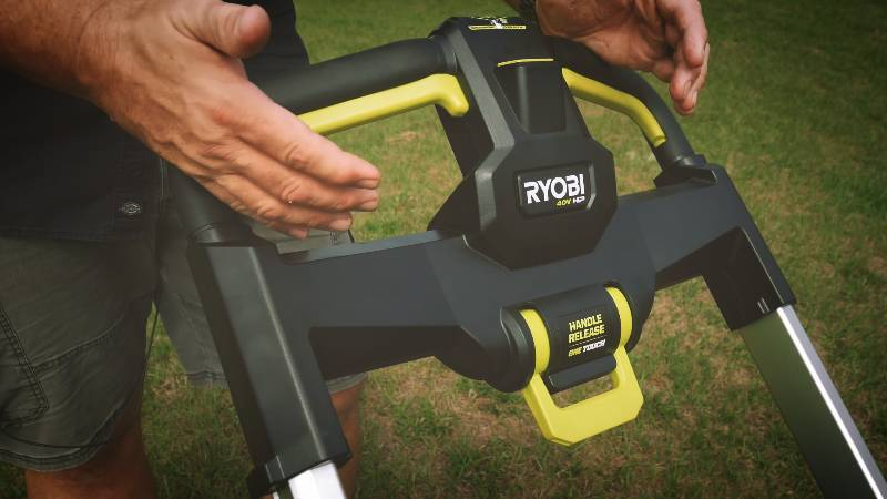 Best Non Gas Lawn Mower - Reviews & Buyer's Guide