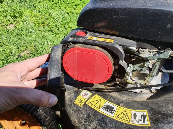 Airfilter of the lawnmower