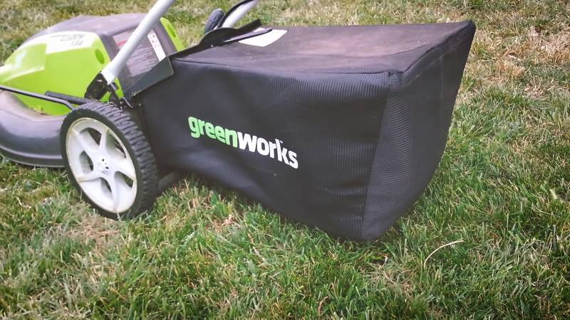 GreenWorks 25112 review-3