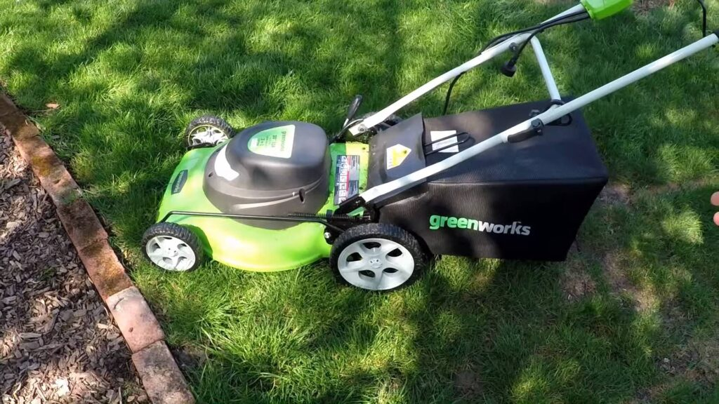 GreenWorks 25022 12 Amp 20 Inches Corded Electric Lawn Mower Review