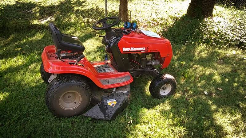 Yard Machines 13A326JC700 190cc Gas 24 in. Riding Mower